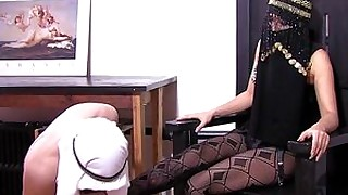 foot-fetish feet bdsm slave strapon mistress