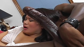 hot huge-cock black big-cock cumshot interracial milf sucking licking