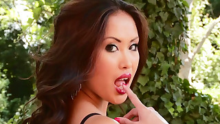 babe big-tits brunette dolly hd hot mature outdoor pornstar