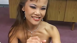 whore prostitut pov natural hot handjob cute cumshot babe