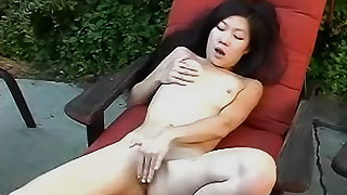 shaved slender panties outdoor masturbation mammy grope fingering pussy