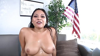 big-tits bus busty close-up fuck hot milf natural shower