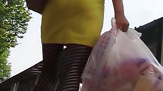 amateur hd outdoor skirt upskirt